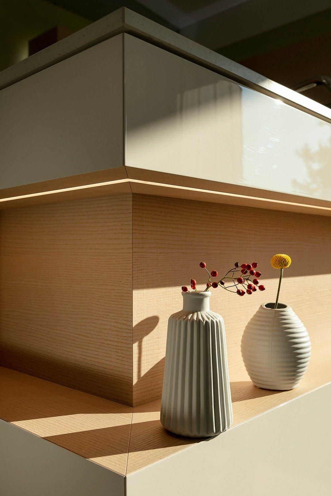 Odermatt Ideenschreinerei Wohnraum Vase